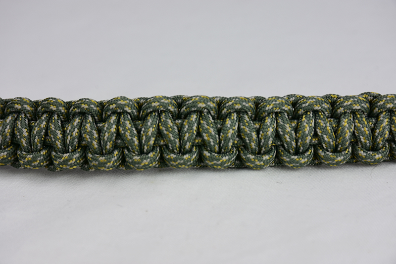 acu camouflage paracord bracelet unity band across the center of a white background