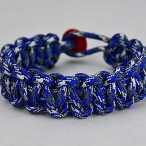 blue camouflage paracord bracelet unity band w red button back
