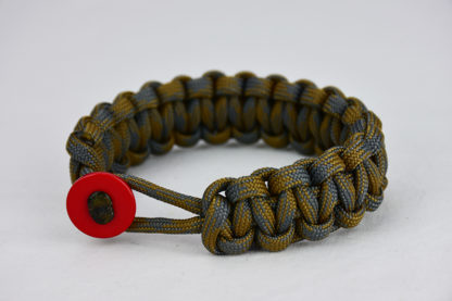 desert foliage camouflage paracord bracelet unity band with red button front, picture of a desert foliage camouflage paracord bracelet with red button fastener on a white background