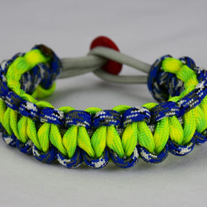 grey blue camouflage and dayglow camouflage paracord bracelet unity band with red button in back