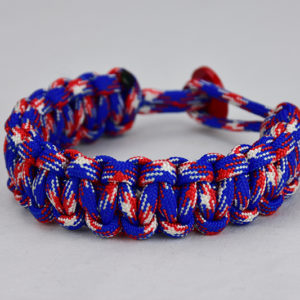 patriotic camouflage paracord bracelet unity band with red button in back, picture of a patriotic camouflage paracord bracelet unity band with red button fastener in the back, red white and blue camo